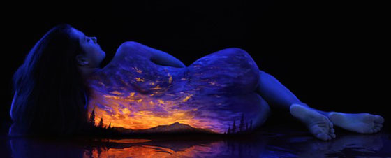 John Poppleton's Black Light Bodyscapes: johnpoppleton31.jpg