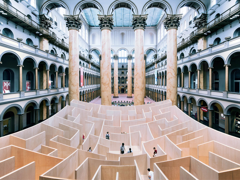 BIG Maze @ National Building Museum in D.C: bjarke-ingels-group-big-maze-national-building-museum-washington-designboom-01.jpg