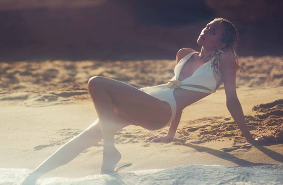 David Bellemere on the beach with Tosca Dekker: 6a00e54ef96453883401a73deaca3b970d-800wi.jpg