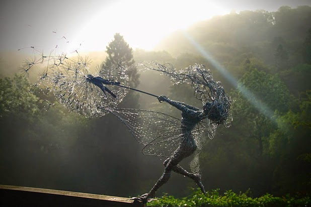 Wire Sculptures by Robin Wight: robin wight 1.jpg