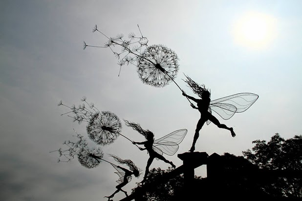 Wire Sculptures by Robin Wight: robin wight 3.jpg