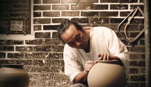 Short Film Features Five South Korean Pottery Masters: potters005.png