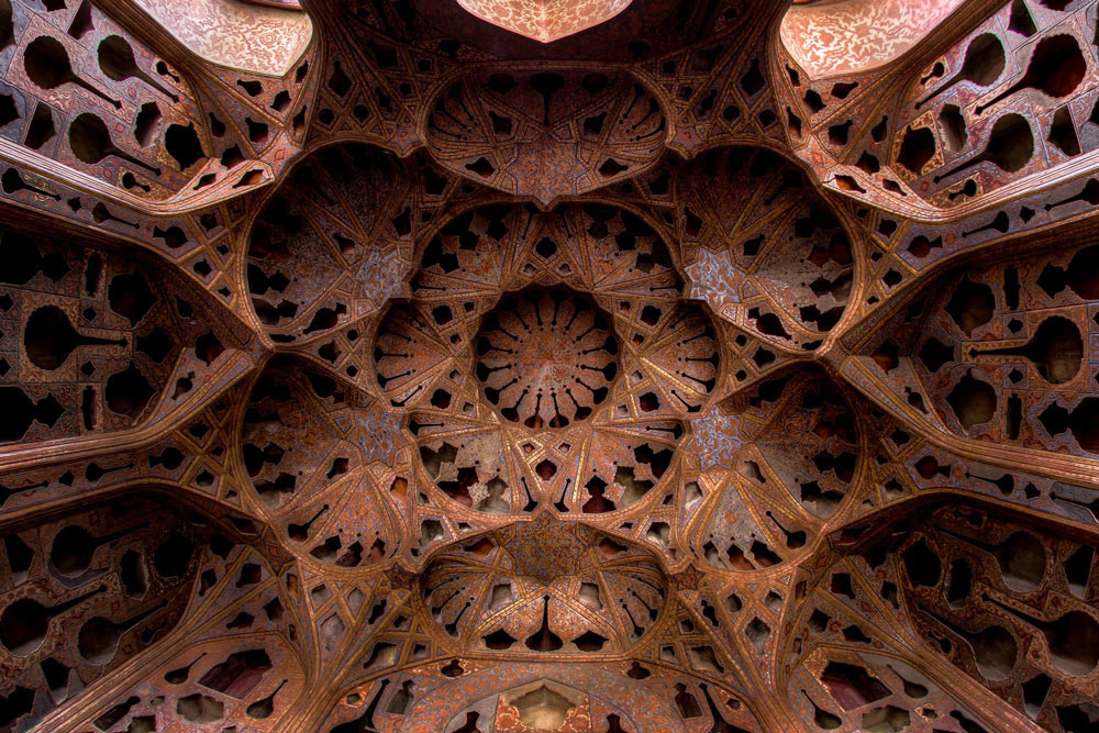 Kaleidoscope Views of the Middle East's Mosques: JuxtapozMosque08.jpg