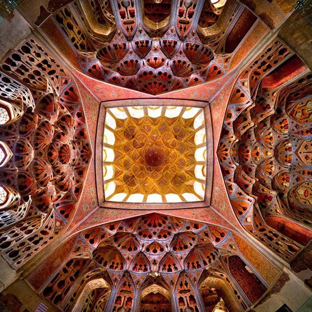 Kaleidoscope Views of the Middle East's Mosques: JuxtapozMosque14.jpg