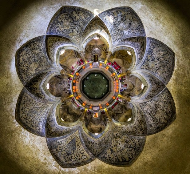 Kaleidoscope Views of the Middle East's Mosques: JuxtapozMosque16.jpg