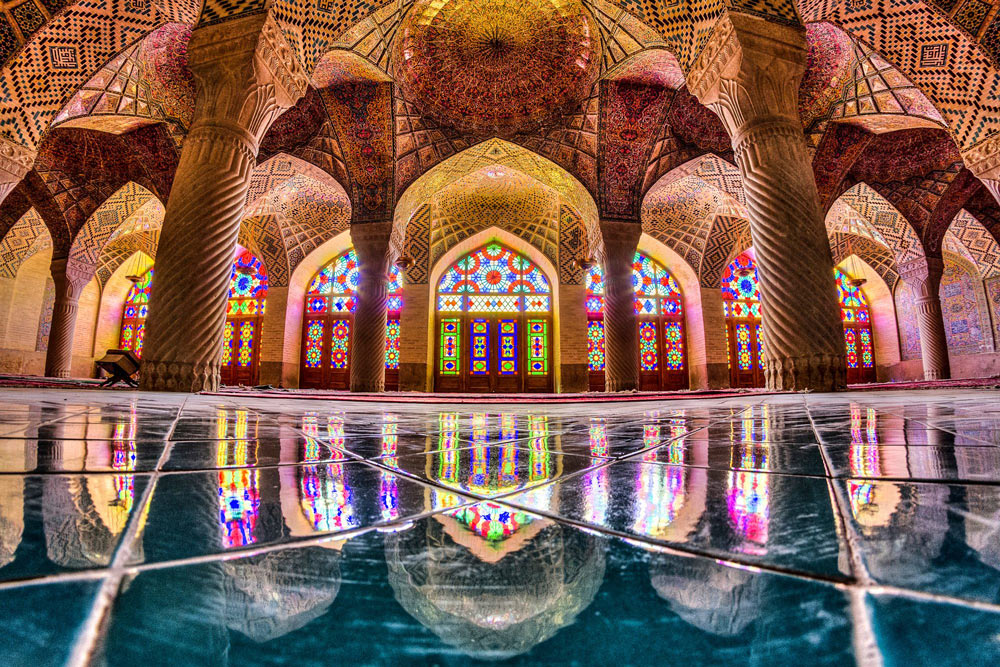 Kaleidoscope Views of the Middle East's Mosques: JuxtapozMosque24.jpg