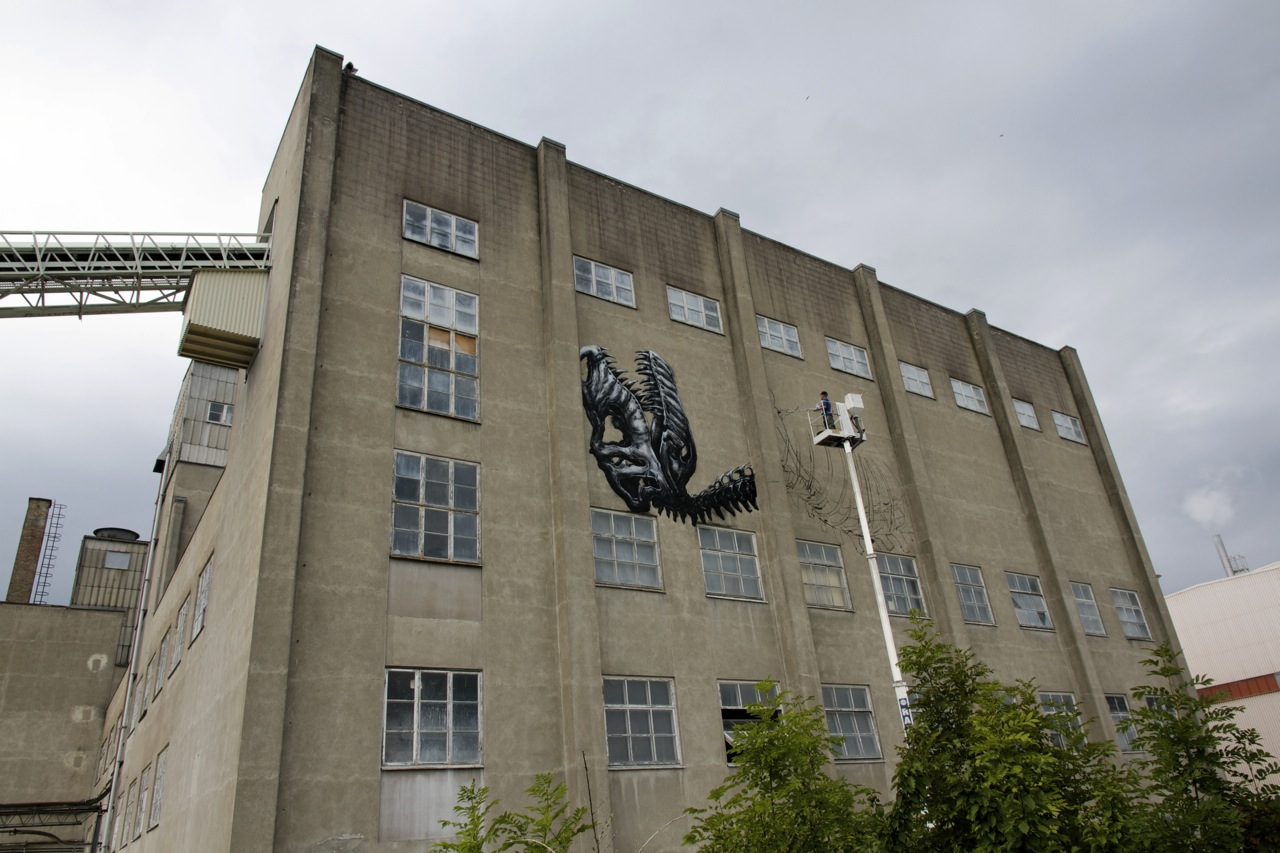 Roa Paints A Massive T-Rex in Sweden: JuxtapozROA002.jpg