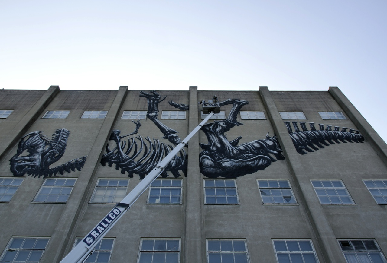 Roa Paints A Massive T-Rex in Sweden: JuxtapozROA004.jpg