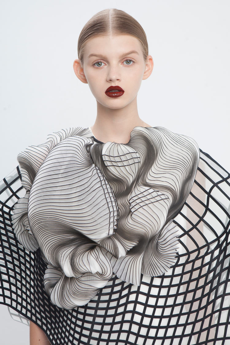 "3D Printed ""Virtual Reality"" Fashion: JuxtapozNoaRaviv005.jpg"