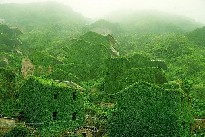 http://www.juxtapoz.com/media/k2/galleries/58197/houtouwan1janeqing.jpg