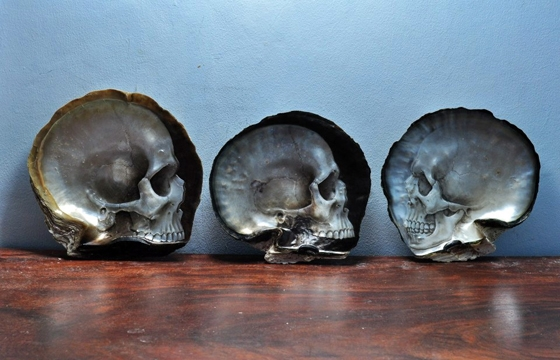 Gregory Halili's Carved Mother of Pearl Skulls