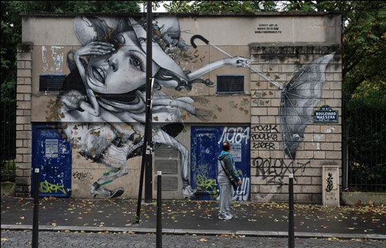 Autumn-themed mural by Claudio Ethos in Paris