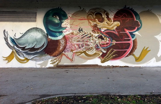 Nychos dissects duck in Vienna