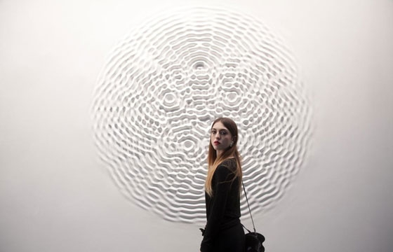Loris Cecchini's Wallwave Vibrations