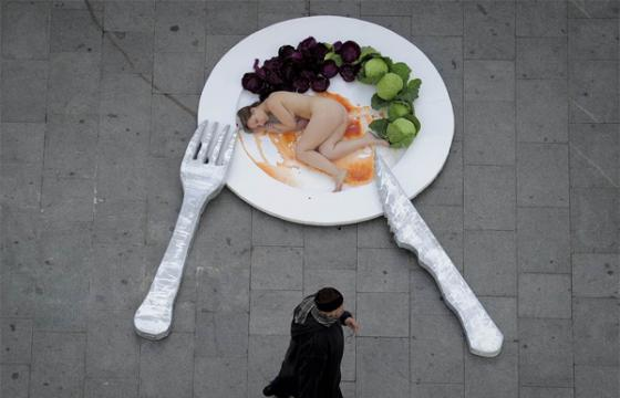 Live Nude Food in Barcelona