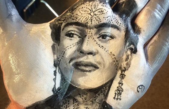 Maybe the Best Hand Painter You Will See