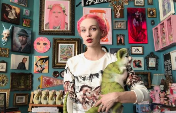 The Digital Wheel: Mab Graves Shares Insight on Balancing Social Media and Creating Art