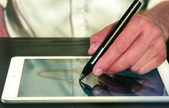 Introducing: Adonit's Jot Touch with Pixelpoint™
