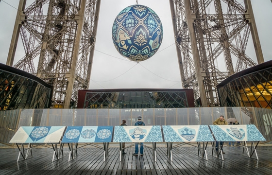 "Juxtapoz Magazine - ""Earth Crisis"": OBEY to Release a Print from Fairey's Parisian Installation"