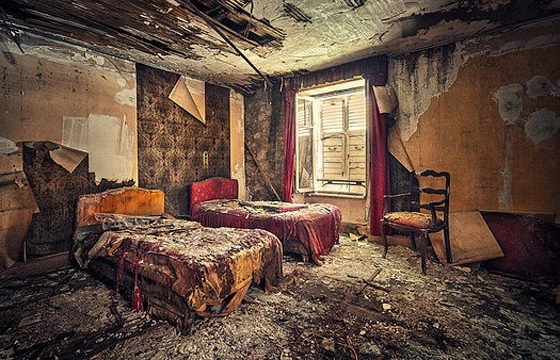 Matthias Haker: A Series of Abandoned Buildings