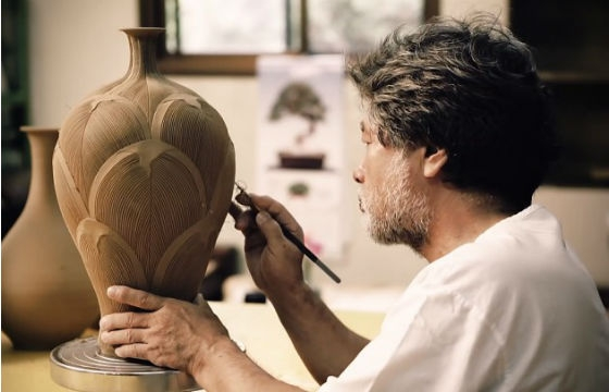 Short Film Features Five South Korean Pottery Masters