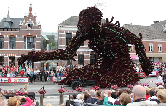 The 2013 Zundert Flower Parade