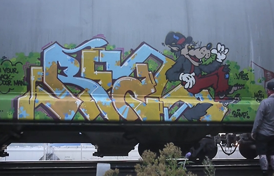 Video: Fresh Paint presents Large