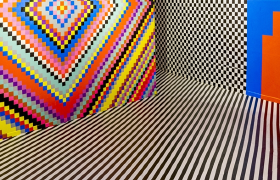 Walking Into a Gif: Installations by Dominique Pétrin