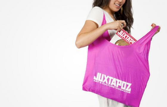Juxtapoz Holiday: Free prints with any Juxtapoz book, free shipping, plus a bunch of great gift ideas