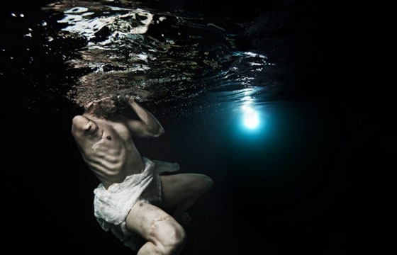 Tomohide Ikeya's Underwater Portrait Series, Breath