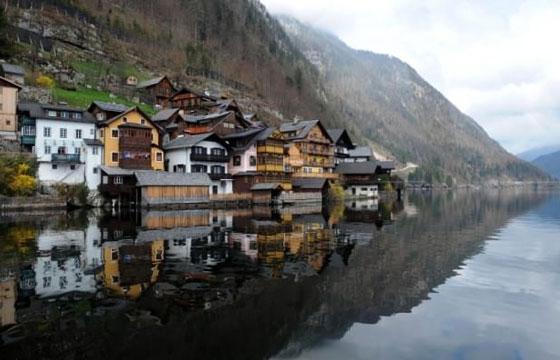 China Copies Entire Austrian Town of Hallstatt
