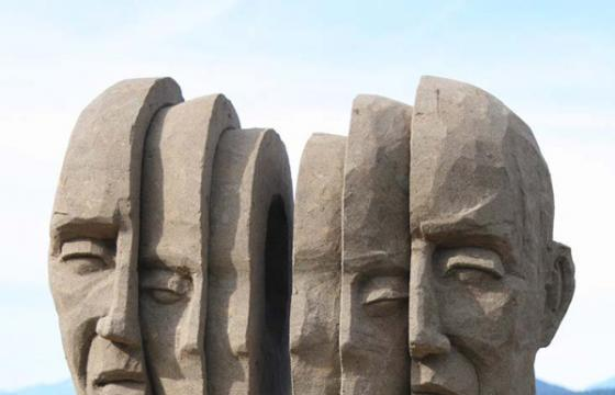 Sand Sculptures by Carl Jara