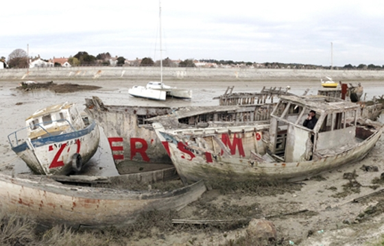 Zoer's abandoned boats