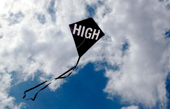 video: The HIGH Kite