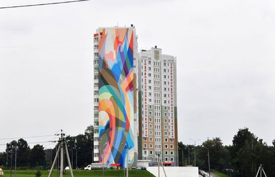 2 new Wais murals in Russia