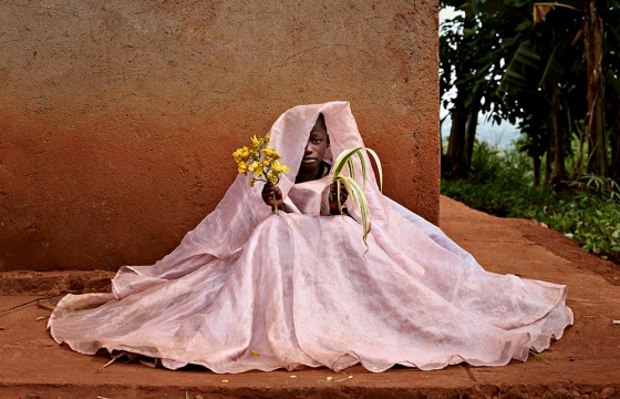 Juxtapoz Magazine - From Africa to China with Pieter Hugo