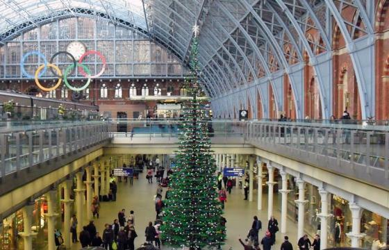 Lego Christmas Tree @ St. Pancras Station, London