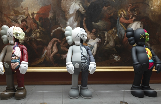 Video: KAWS @ Pennsylvania Academy of the Fine Arts, Philadelphia