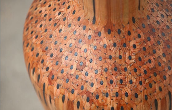 Tuomas Markunpoika Creates Beautiful Vases Using Hundreds of Pencils